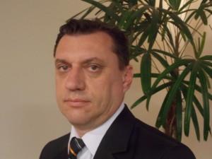 Marcos B Hanna